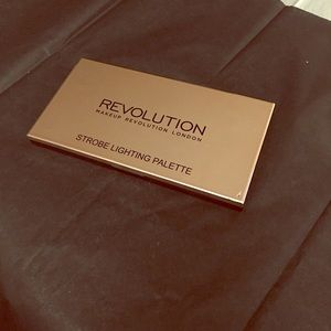 Revolution Strobe Lighting Palette